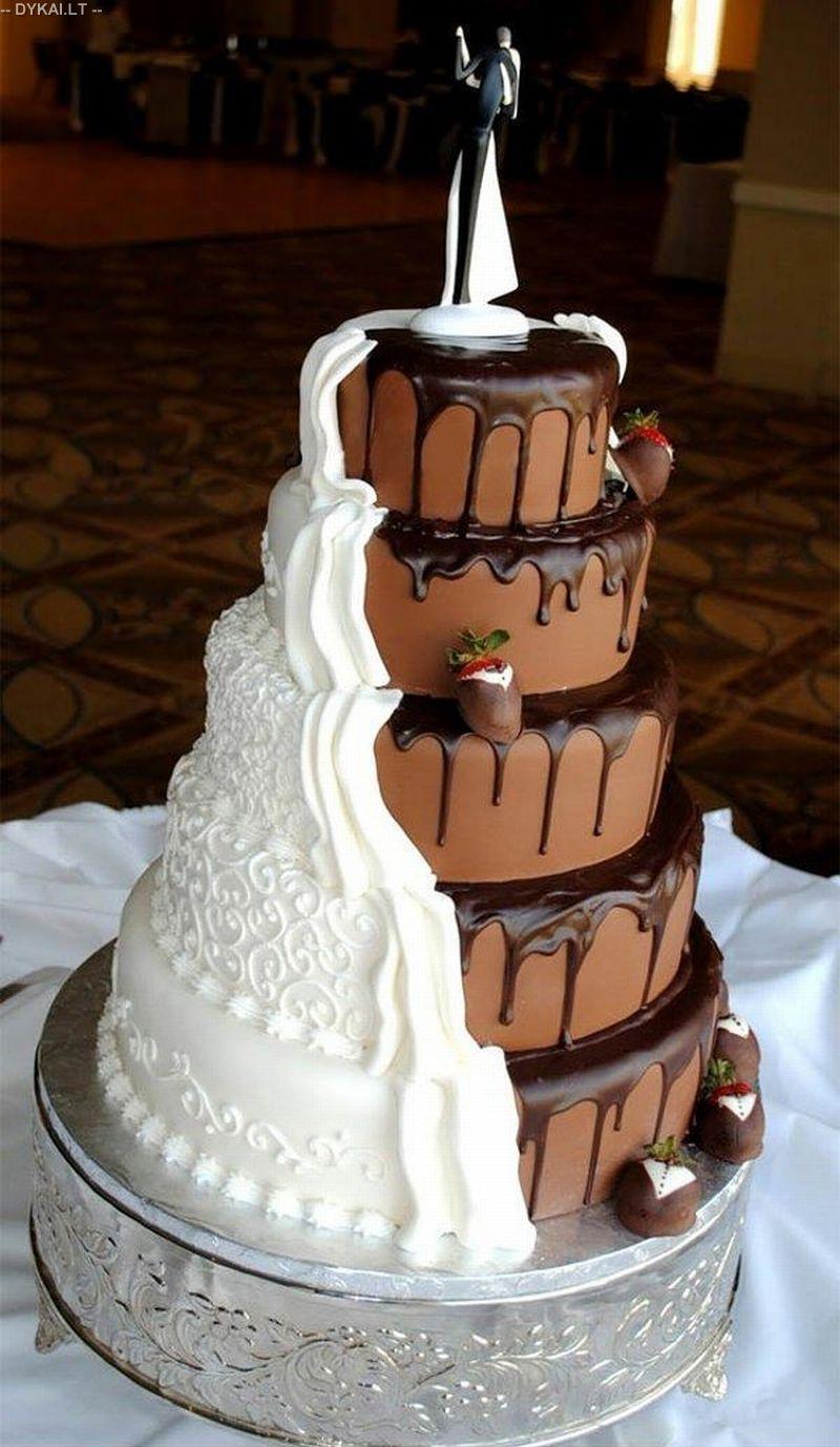 Как оформить торт белковым кремом в корич