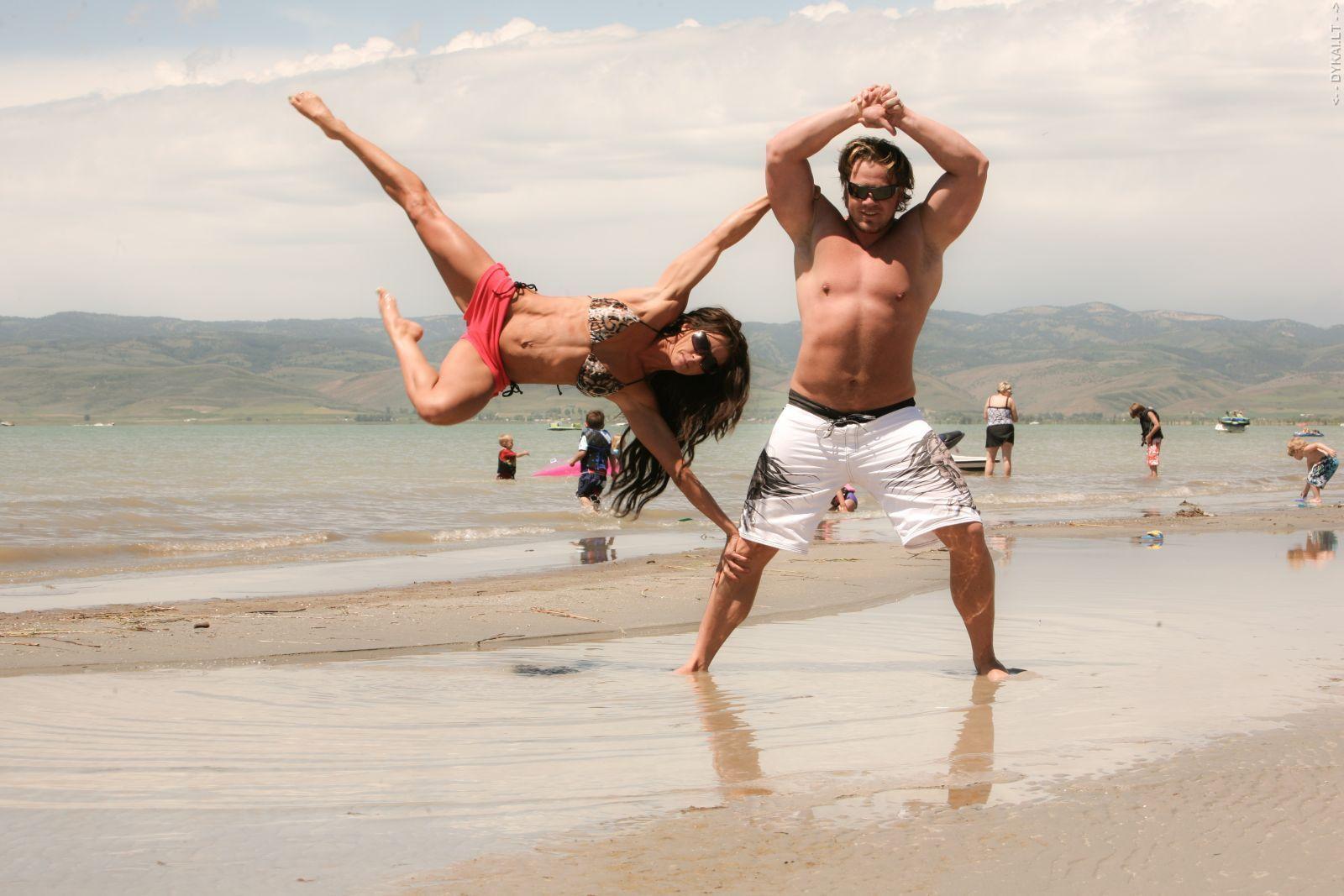 Фото с девушки с мужчиной прикол