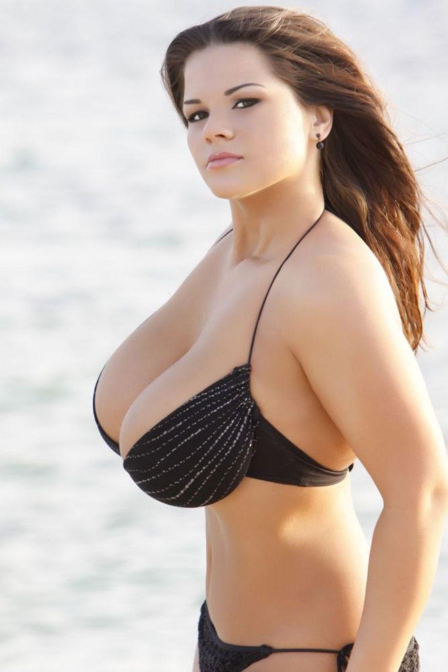Стройные актрисы с грудью 10 фотография