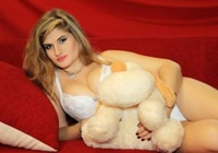 Rinkiniai: Rusijos merginos fotografuojasi seksualiose pozose