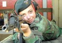Rinkiniai: Merginos Serbijos armijoje