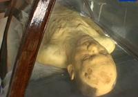 dienos video: Omsko Mumija