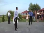 2. Breakdance vestuvių metu