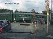 2. Kai vairuotojas nežiūri į kelią