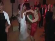 3. Girti šokiai per rusiškas vestuves