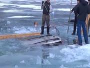 1. Kaip ištraukti automobilį iš po ledo