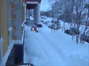 1. Audi A4 - sniego valymo mašina