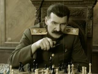 3. Stalinas žaidžia šachmatais