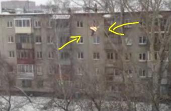 3. Ekstremalo šuolis nuo 5-aukščio stogo