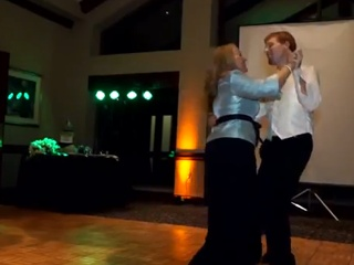1. Jaunikio ir jo mamos šokis