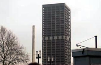 3. Johano Vofgango Getės universiteto griovimas sprogdinant